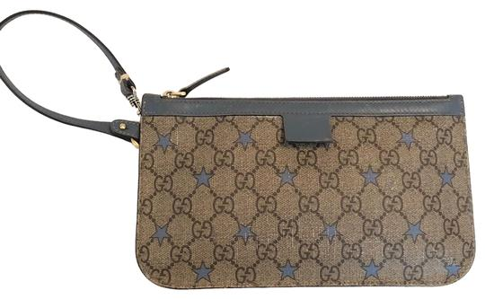 Preload https://img-static.tradesy.com/item/25042136/gucci-supreme-star-light-blue-canvas-wristlet-0-1-540-540.jpg