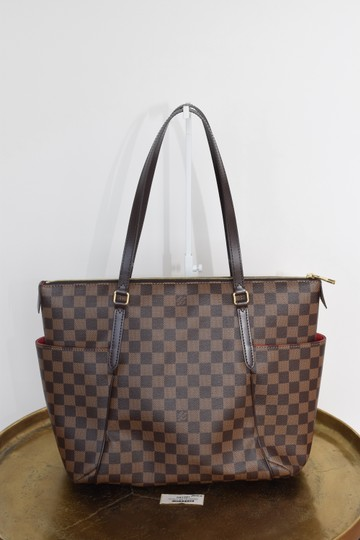 Preload https://img-static.tradesy.com/item/25042254/louis-vuitton-totally-mm-in-damier-ebene-with-brown-lining-canvas-shoulder-bag-0-0-540-540.jpg