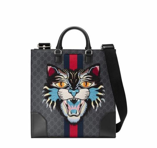 Preload https://img-static.tradesy.com/item/25042432/gucci-angry-for-men-gg-supreme-canvas-and-leather-tote-0-0-540-540.jpg