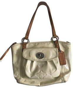 c195441c95323 Yellow Coach Shoulder Bags - Up to 90% off at Tradesy