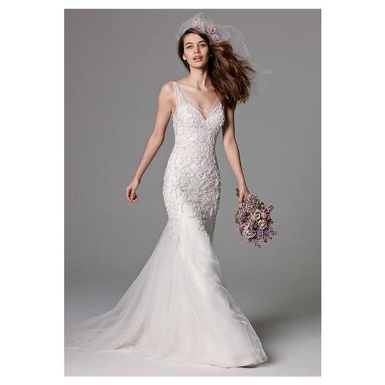 Preload https://img-static.tradesy.com/item/25043985/watters-lexington-mermaid-tulle-gown-formal-wedding-dress-size-8-m-0-0-540-540.jpg