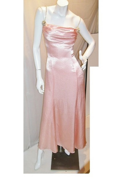 Item - Pink W Soft Drape T-strap Neckline W/ Soft A-line Fare Long Night Out Dress Size 14 (L)