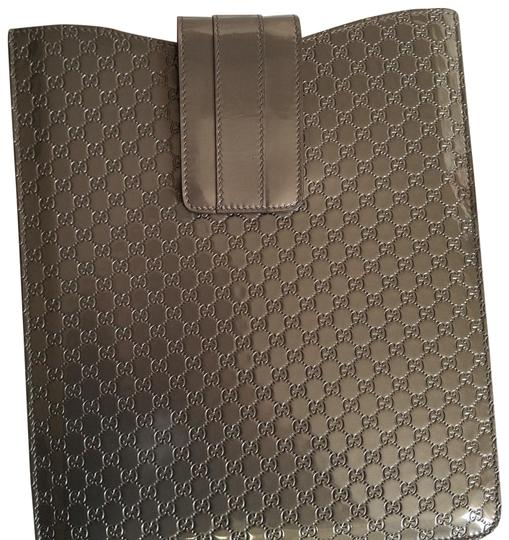 Preload https://img-static.tradesy.com/item/25046040/gucci-gray-guccissima-ipad-case-tech-accessory-0-1-540-540.jpg