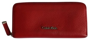 Calvin Klein Pebbled Leather Continental Wallet