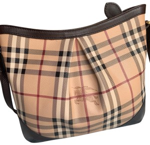 82d1d96fb509 Burberry Bags and Purses on Sale - Up to 70% off at Tradesy