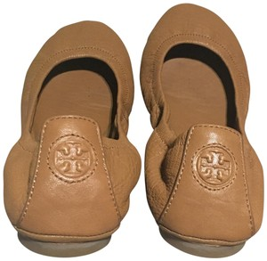e0b1e14bebe Tory Burch Eddie Flats - Up to 70% off at Tradesy