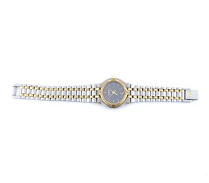 a806c1f4c26 Gucci Two-tone 9000l Gold Stainless Steel Vintage Ladies Watch - Tradesy
