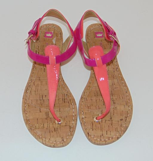 Elaine Turner Blogger Cruise Anthropologie Pink Coral Thong Sandals Image 3