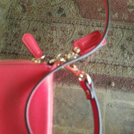 Coach Leather Gold Cross Body Bag Image 2