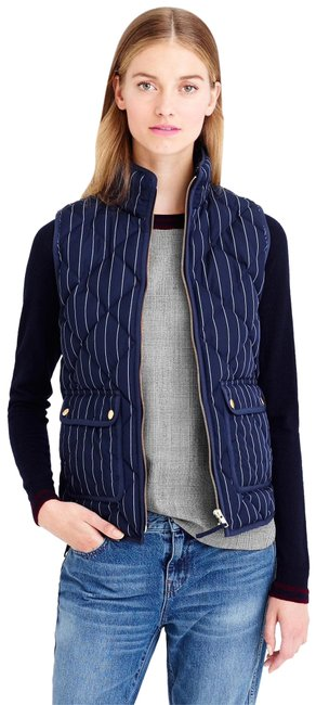 Preload https://img-static.tradesy.com/item/25047882/jcrew-navy-excursion-vest-size-6-s-0-3-650-650.jpg