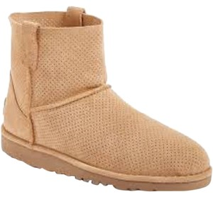 UGG Australia Sale New With Tags Tawney Boots