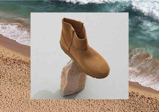 UGG Australia Sale New With Tags Tawney Boots Image 4