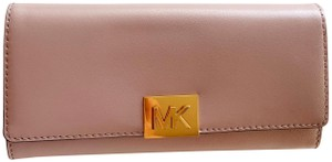 Michael Kors Michael Kors Carryall Mindy Leather Wallet