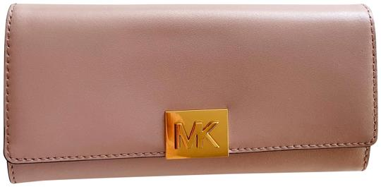 Preload https://img-static.tradesy.com/item/25048381/michael-kors-pink-carryall-mindy-leather-wallet-0-1-540-540.jpg