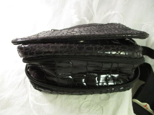Travelon Organizer Faux Croc Onm 002 Cross Body Bag Image 4