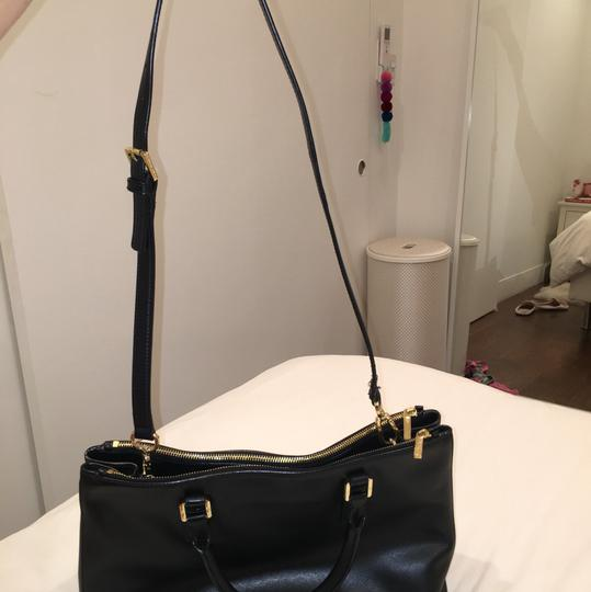Tory Burch Satchel in black Image 5