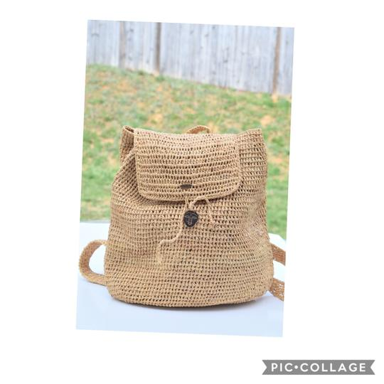 Preload https://img-static.tradesy.com/item/25049669/scala-woven-beige-natural-straw-backpack-0-0-540-540.jpg