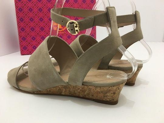 Tory Burch Suede Wedge Size 7 Tan Sandals Image 3