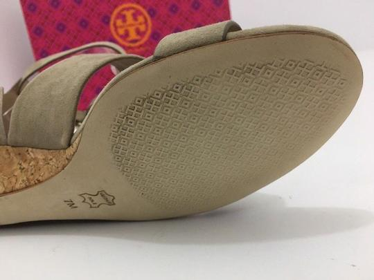Tory Burch Suede Wedge Size 7 Tan Sandals Image 9