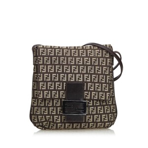 502ce71123da Fendi Bags on Sale - Up to 70% off at Tradesy