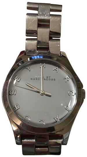 Preload https://img-static.tradesy.com/item/25050183/marc-by-marc-jacobs-silver-watch-0-1-540-540.jpg