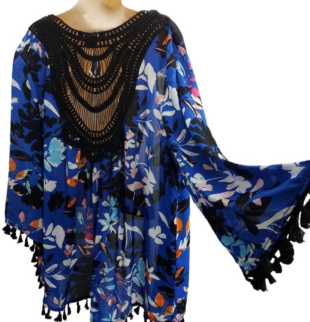 Preload https://img-static.tradesy.com/item/25050498/august-silk-blue-open-front-floral-laced-cardigan-size-12-l-0-1-650-650.jpg