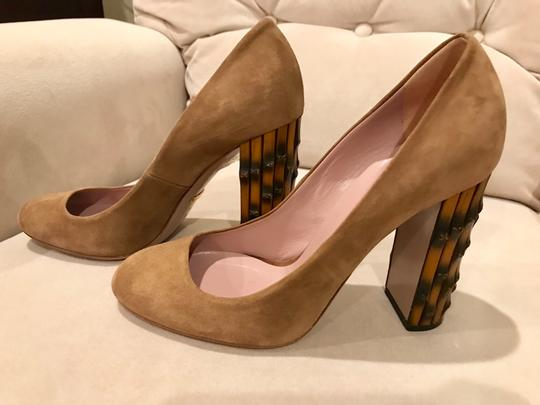 Gucci Tan Pumps Image 1