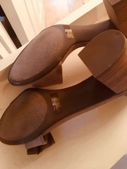 Report Signature - Pearlina Report Pearlina Collection Taupe Suede Sandals Image 4
