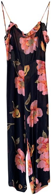 Preload https://img-static.tradesy.com/item/25050725/reformation-black-and-pink-yvonne-floral-size-8-romperjumpsuit-0-1-650-650.jpg