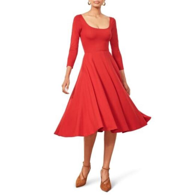 Preload https://img-static.tradesy.com/item/25051026/reformation-red-lou-mid-length-casual-maxi-dress-size-4-s-0-0-650-650.jpg