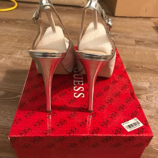 Guess white/ silver Pumps Image 3