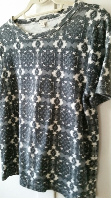 J. Crew Factory Medallion Damask Pullover T Shirt Grays and White Image 2