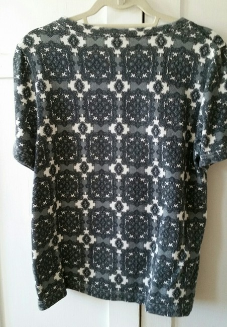 J. Crew Factory Medallion Damask Pullover T Shirt Grays and White Image 4