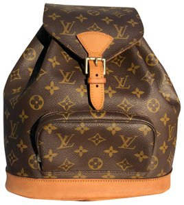 11e56a695efe Louis Vuitton Backpacks - Up to 70% off at Tradesy
