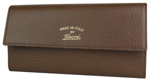 f90cdeb060d9 Gucci Gucci Women's Brown Leather Wallet with Script Logo 354496 2548
