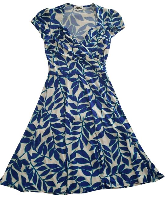 Item - Blue / White Sweetheart Faux Wrap In / Taylor Leaf Short Casual Dress Size 6 (S)