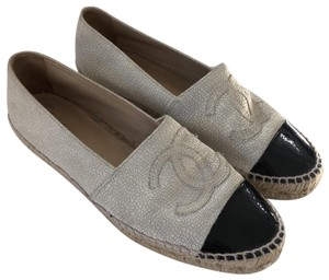 82c09e0e891 Chanel Shoes on Sale - Up to 70% off at Tradesy
