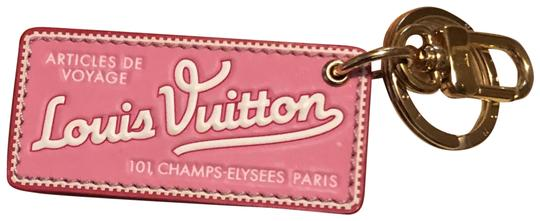 Preload https://img-static.tradesy.com/item/25053580/louis-vuitton-world-tour-bb-charm-key-pink-leather-shoulder-bag-0-1-540-540.jpg