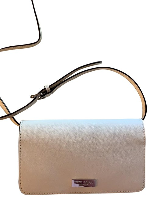 Item - West 57th Wallet On A String Ivory Cross Body Bag