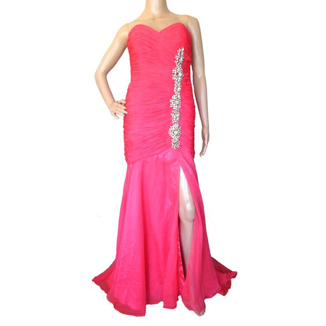 Item - Coral Strapless Prom Gown Long Formal Dress Size 6 (S)