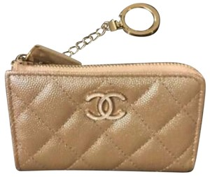 Chanel Chanel 19S Pearly Beige Key Holder - Unicorn Item