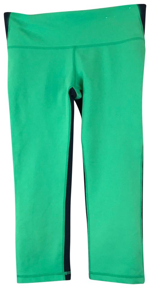 df7c6589ae Gap Lime Green and Blue Liven Up Your Workout with These Nwot Dark Gapfit  Activewear