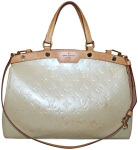 c158ba0211068 Louis Vuitton Brea Satchels - Up to 70% off at Tradesy (Page 4)