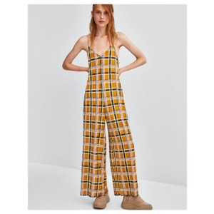 adc8f9b6c60b Zara Rompers   Jumpsuits - Up to 70% off a Tradesy (Page 2)