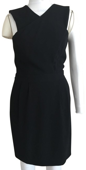 Item - Black Fluid Crepe Mid-length Cocktail Dress Size 12 (L)