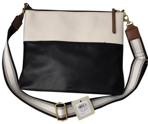 89fb8c37d657 Fossil Bags - Up to 90% off at Tradesy
