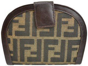 8019ab0a05 Fendi on Sale - Up to 70% off at Tradesy