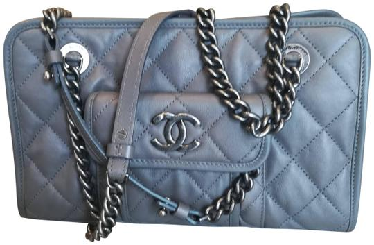Preload https://img-static.tradesy.com/item/25059191/chanel-chain-handle-shopping-gray-calfskin-leather-shoulder-bag-0-1-540-540.jpg