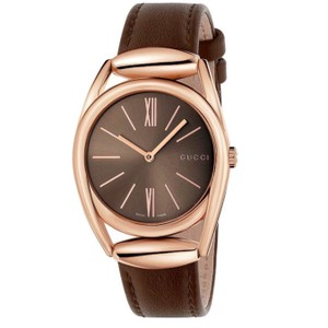 0044be8e4bd Brown Gucci Watches - Up to 70% off at Tradesy