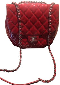 e2c04a5e6555 Red Chanel Cross Body Bags - Up to 90% off at Tradesy